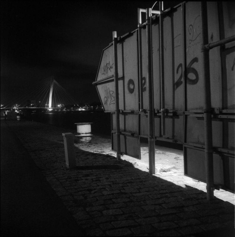 De grenzen van de stad op zoek naar de duisternis. Foto: Frans de Jonge