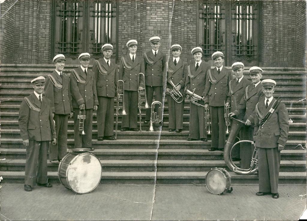 De Veermannen (Utrechtse Stadskapel) bij de Inktpot ca jaren veertig. Foto: archief Nieuws030
