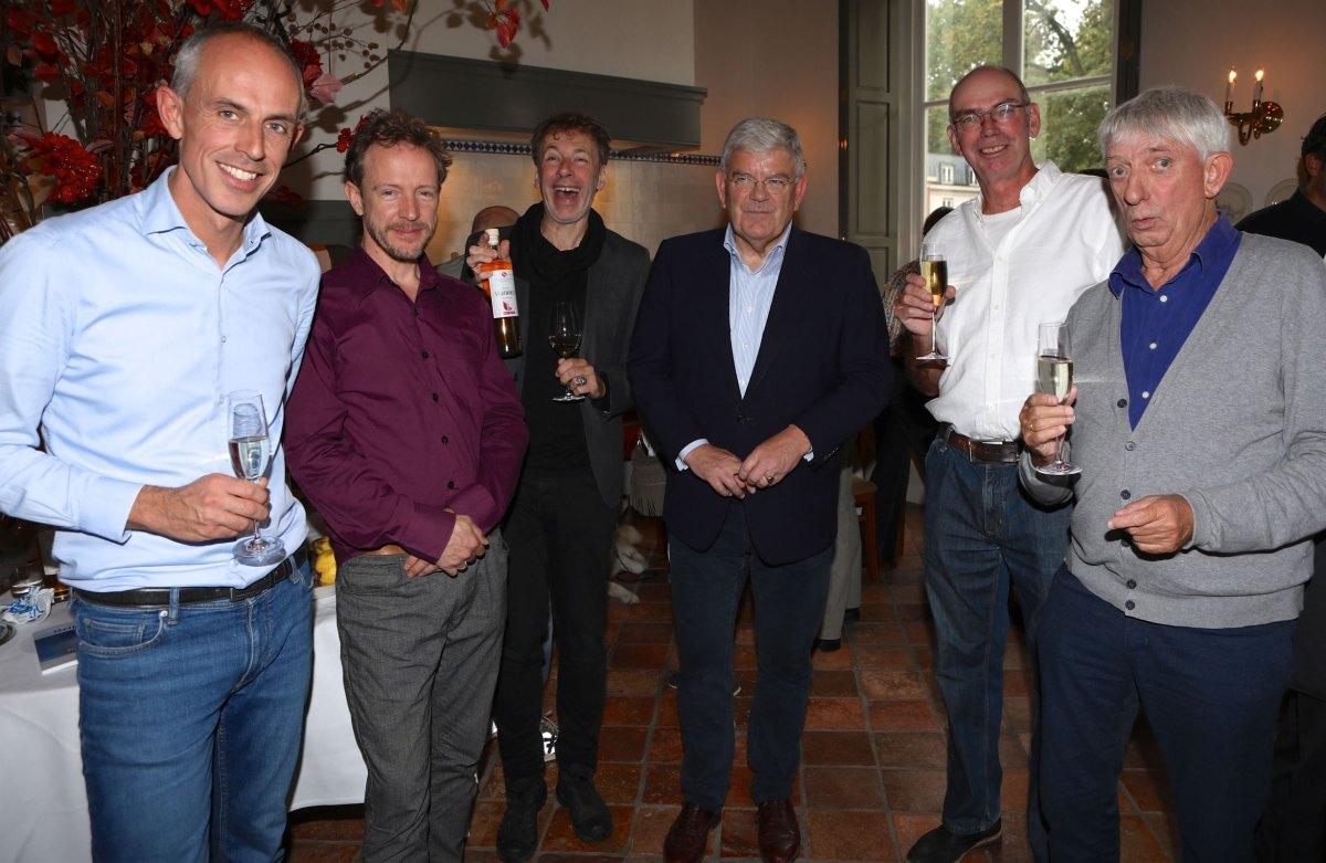 Vlnr: Bastiaan Staffhorst, Alexis de Roode, Ingmar Heytze, Jan van Zanen, Kees Wennekendonk en Fred Penninga. Foto: Ton van den Berg