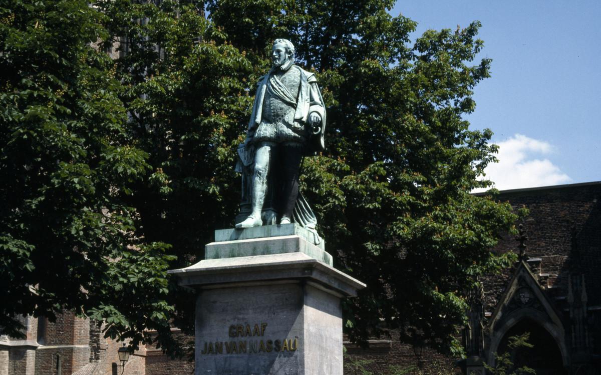 Het beeld van Jan van Nassau. Foto: Utrechts Archief