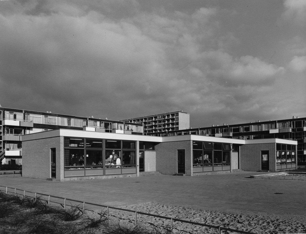 De volgens MUWI-standaard gebouwde kleuterschool Hummelhonk op de Ghanadreef in 1971. Foto: HUA