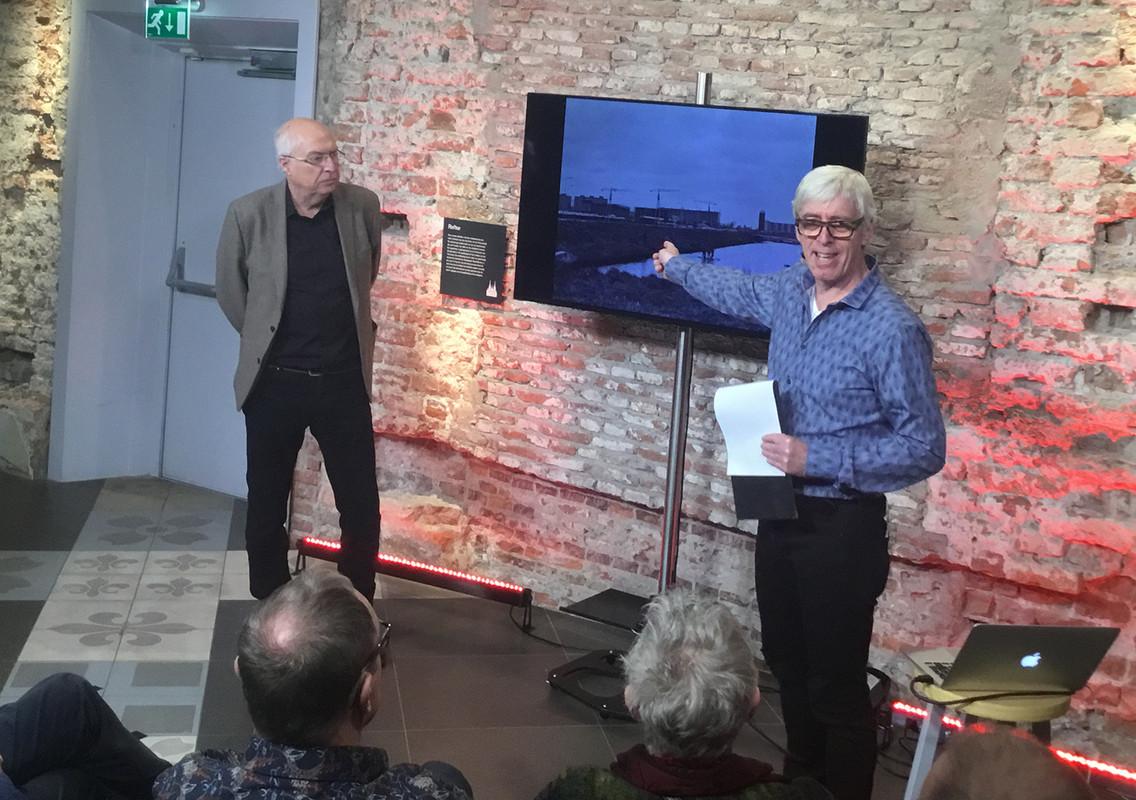 Ad van Liempt (links) en Ton van den Berg tijdens de opnames. Foto: Jim Terlingen
