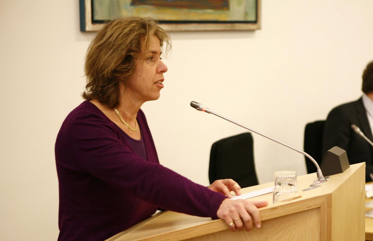 Gerda Oskam tijdens de installatie van de gemeenteraad in 2010. Foto: Ton van den Berg