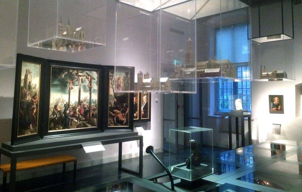 Luchtmaquettes in de Utrecht-zaal van het Catharijneconvent (foto: Jim Terlingen)