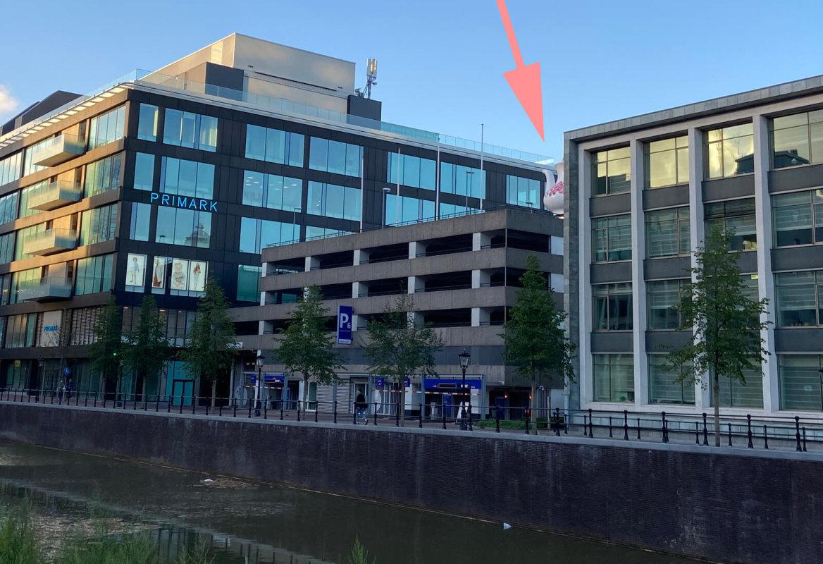 De theepot, hier in augustus 2020, wordt naar voren gehaald (foto: J. Terlingen).