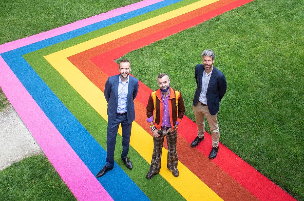 Rechts: Marco Grob, zakelijk directeur Centraal Museum, Midden: Pepijn Zwanenberg, raadslid voor GroenLinks en Leon Bex, voorzitter Midzomergracht festival. Foto: Jan-Kees Steenman