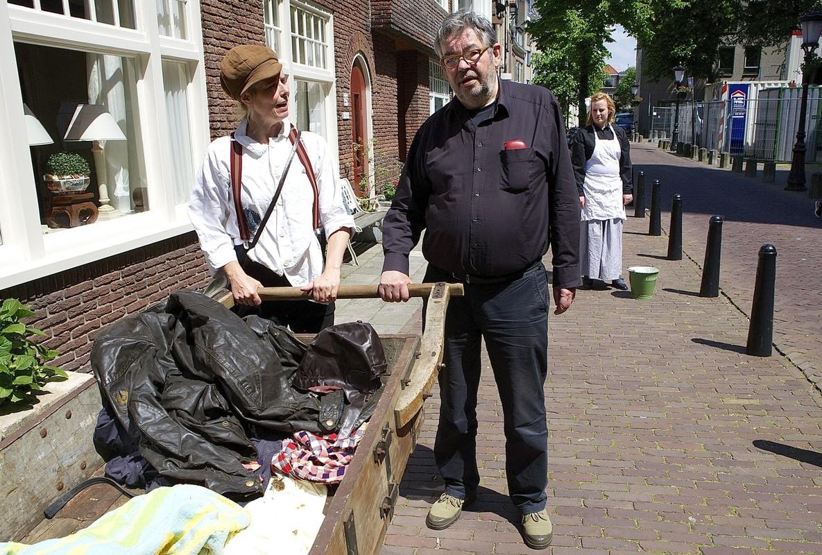 Maarten van Rossem (rechts) is een 'brommende professor'. Foto: Ton van den Berg