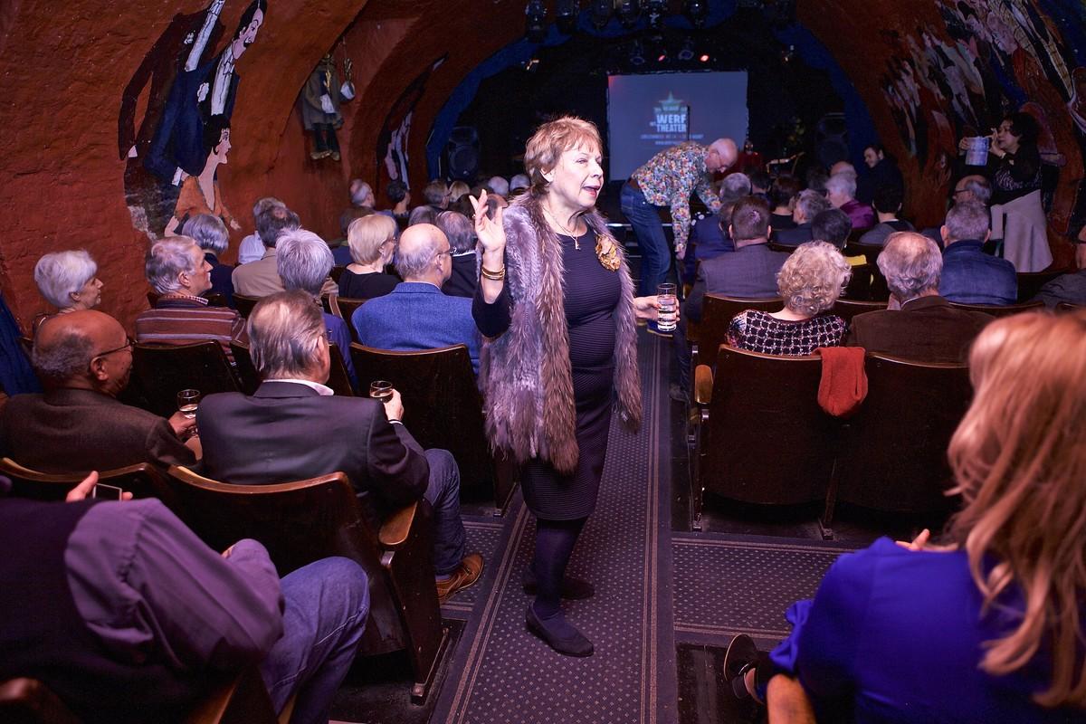 Yvonne Groeneveld in haar Werftheater. Foto: Ton van den Berg