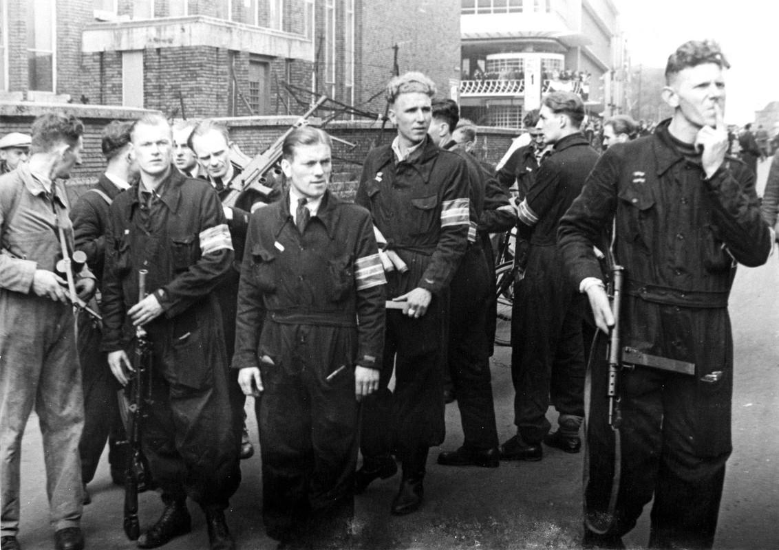 Leden van de Binnenlandse Strijdkrachten op de Potterstraat, zij komen in onderstaand verhaal niet voor. Foto: Collectie HUA