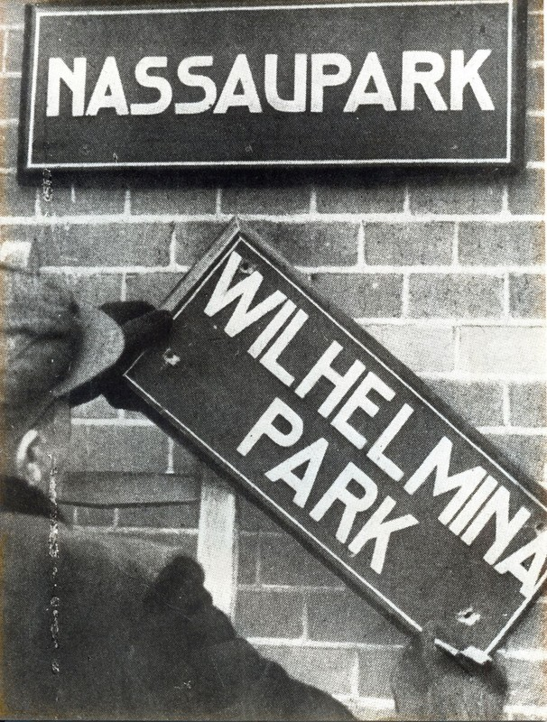 De straatnaambordjes kunnen weer verhangen worden. Foto: HUA