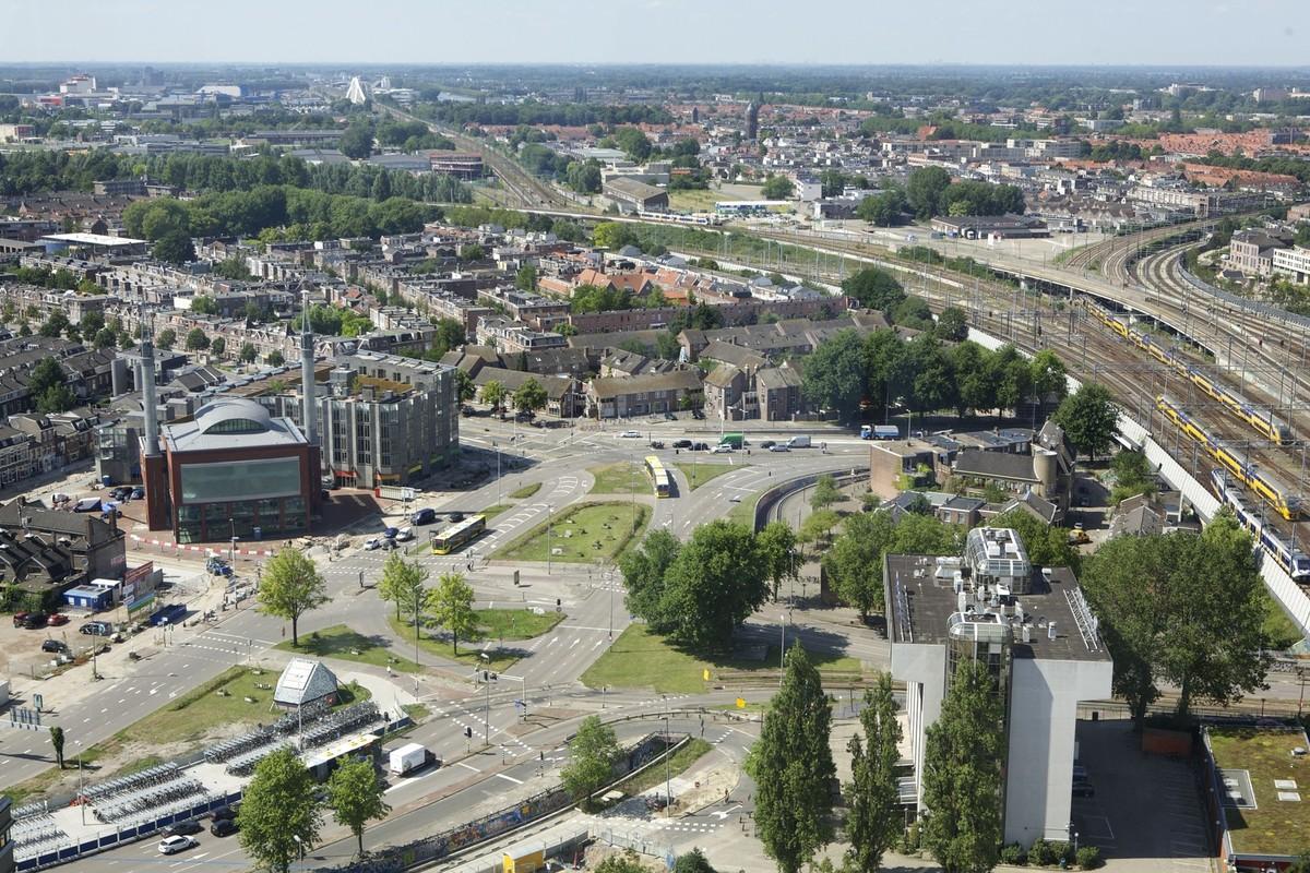 Het Westplein gezien vanuit het Stadskantoor. Foto: Ton van den Berg