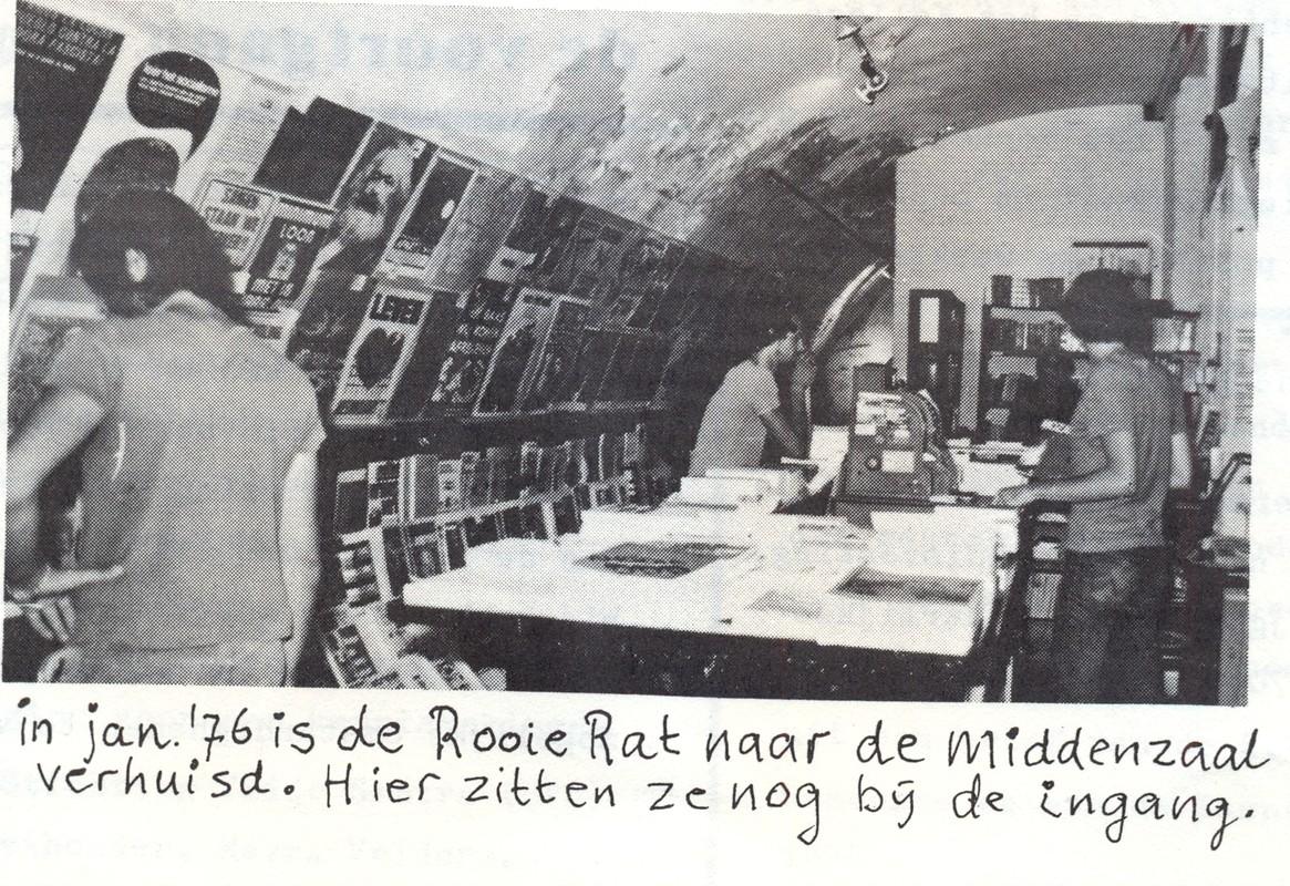 Boekwinkel de Rooie Rat startte in de Raadskelder. Foto uit het Schimmelboek