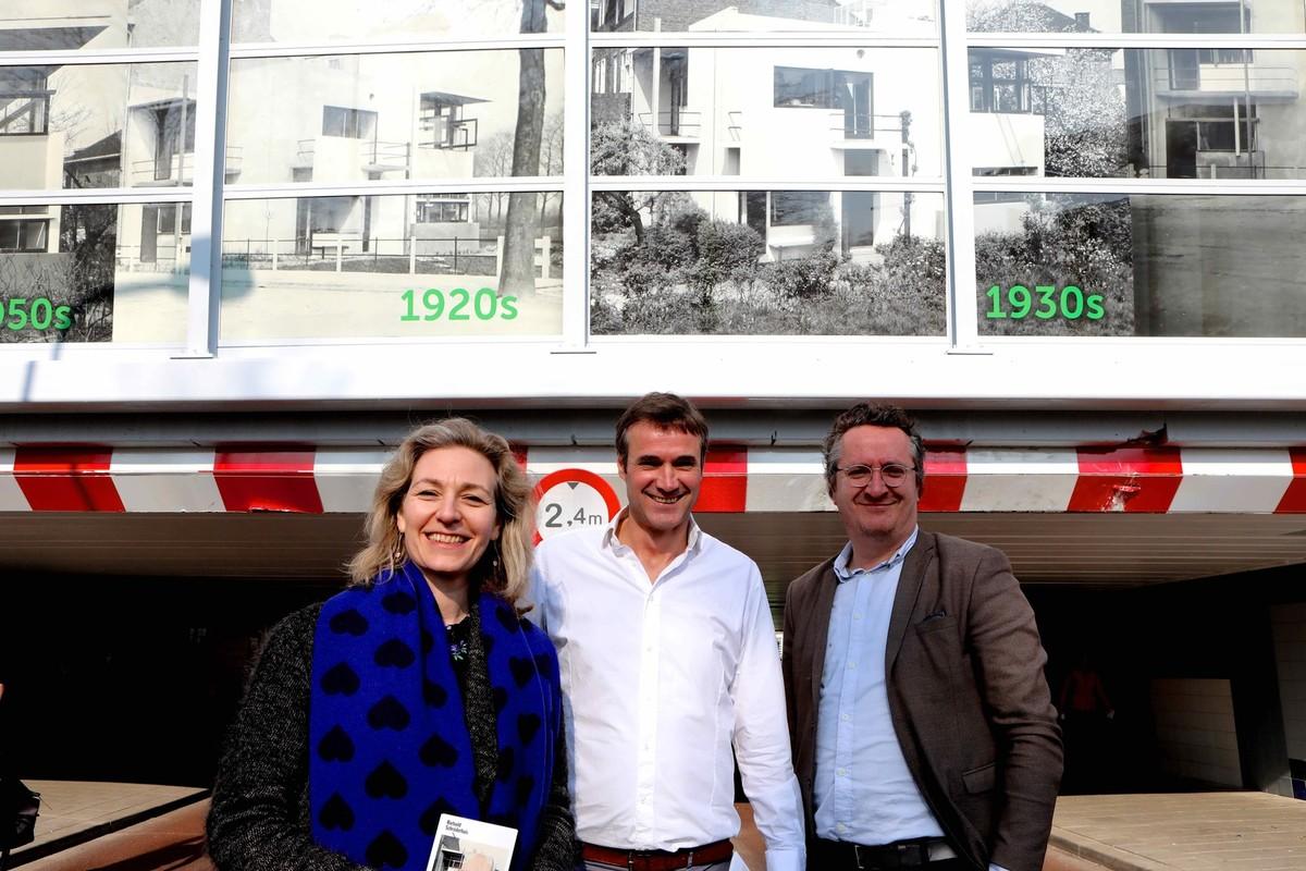 Wethouder Klein, buurtbewoner Heijne en museumdirecteur Rutten. Foto: Ton van den Berg