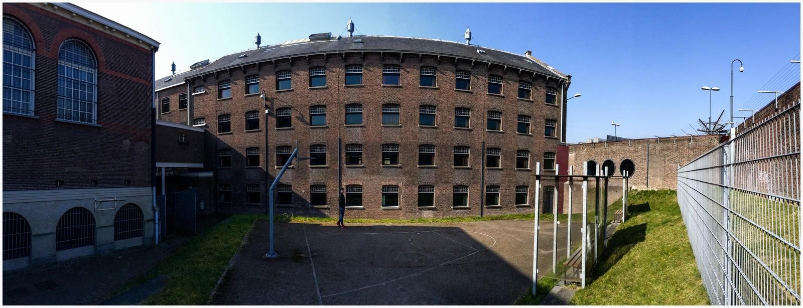 Het voormalige huis van bewaring Wolvenplein. Foto: Michael Kooren